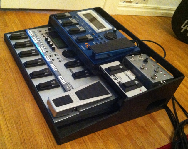 Roland india gr-55   guitar synthesizer.